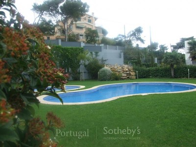 Wohnung for sales at Flat, 3 bedrooms, for Sale Alcabideche, Cascais, Lissabon Portugal