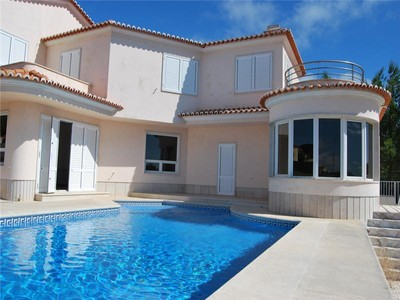 Villa for sales at House, 6 bedrooms, for Sale Quinta Da Moura, Oeiras, Lisbona Portogallo