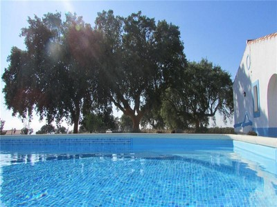 Farm / Ranch / Plantation for sales at Small Farm, 6 bedrooms, for Sale Arraiolos, Evora Portugal