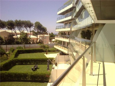 Квартира for sales at Flat, 3 bedrooms, for Sale Guia, Cascais, Лиссабон Португалия