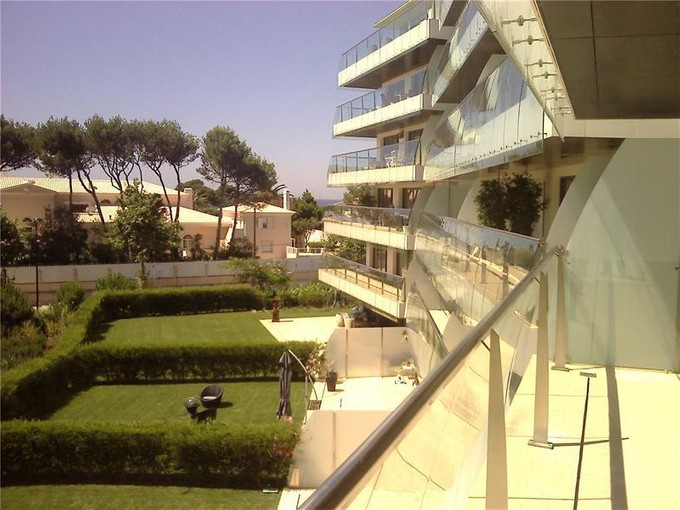 Apartamento for sales at Flat, 3 bedrooms, for Sale Guia, Cascais, Lisboa Portugal