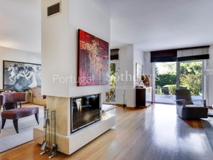 Additional photo for property listing at House, 4 bedrooms, for Sale Bicesse, Cascais, Lisboa Portugal