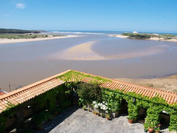 Casa para uma família for sales at House, 9 bedrooms, for Sale Other Portugal, Outras Áreas Em Portugal Portugal