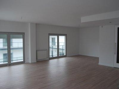 Wohnung for sales at Flat, 3 bedrooms, for Sale Oeiras, Lissabon Portugal