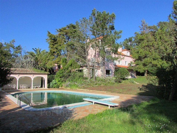 Casa Unifamiliar for sales at House, 8 bedrooms, for Sale Sintra, Lisboa Portugal
