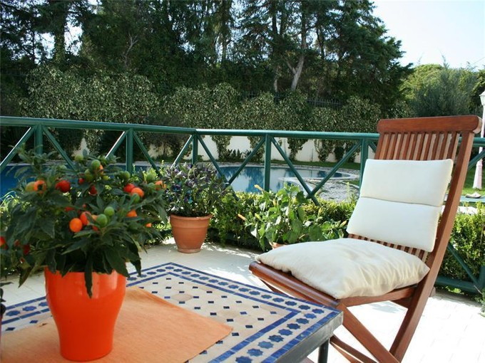 Appartement for sales at Flat, 2 bedrooms, for Sale Guia, Cascais, Lisbonne Portugal