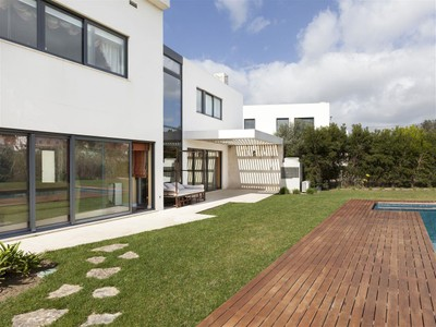 Частный односемейный дом for sales at House, 6 bedrooms, for Sale Bicesse, Cascais, Лиссабон Португалия