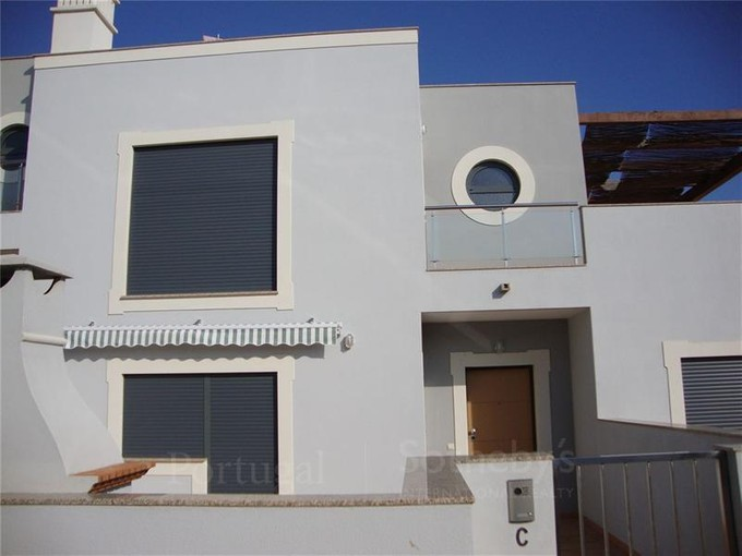 Single Family Home for sales at Semi-detached house, 3 bedrooms, for Sale Albufeira, Algarve Portugal
