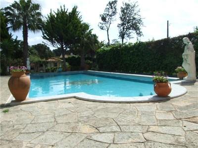 Частный односемейный дом for sales at House, 5 bedrooms, for Sale Birre, Cascais, Лиссабон Португалия