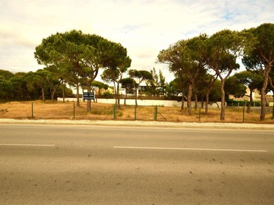 Terrain for sales at Stand for Sale Loule, Algarve Portugal