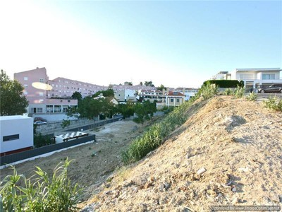 Land for sales at Stand for Sale Oeiras, Lissabon Portugal