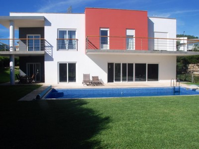 Casa Unifamiliar for sales at House, 5 bedrooms, for Sale Belas, Sintra, Lisboa Portugal
