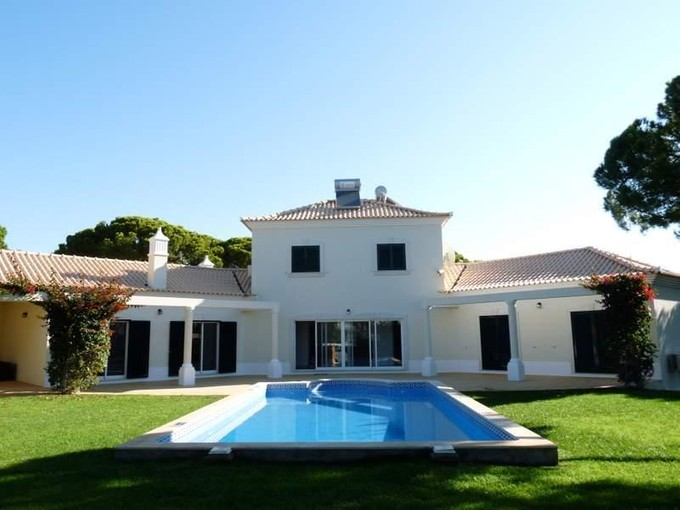 Tek Ailelik Ev for sales at House, 3 bedrooms, for Sale Loule, Algarve Portekiz