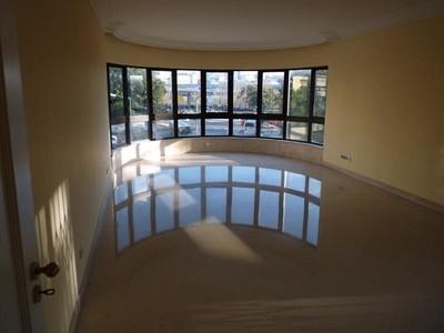 公寓 for sales at Flat, 4 bedrooms, for Sale Sete Rios, Lisboa, 葡京 葡萄牙
