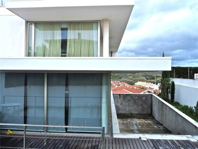 Single Family Home for sales at House, 4 bedrooms, for Sale Caxias, Oeiras, Lisboa Portugal