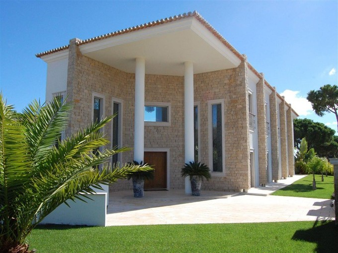 Single Family Home for sales at Detached house, 4 bedrooms, for Sale Loule, Algarve Portugal