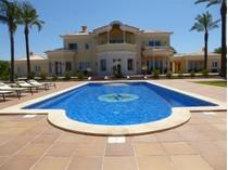 단독 가정 주택 for sales at Detached house, 5 bedrooms, for Sale Portimao, Algarve 포르투갈