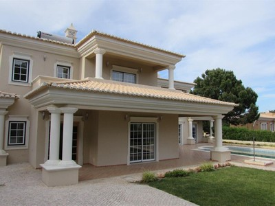 獨棟家庭住宅 for sales at House, 4 bedrooms, for Sale Loule, Algarve 葡萄牙