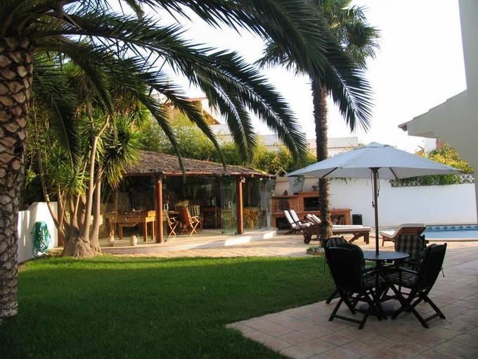 Villa for sales at House, 5 bedrooms, for Sale Other Portugal, Altre Zone In Portogallo Portogallo