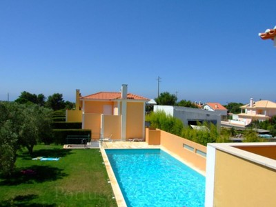 Villa for sales at House, 5 bedrooms, for Sale Cascais, Lisbona Portogallo