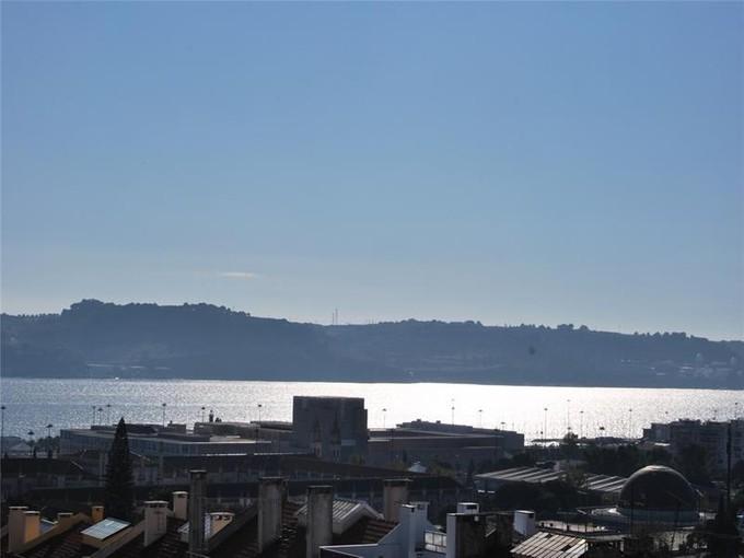 Apartamento for sales at Flat, 4 bedrooms, for Sale Belem, Lisboa, Lisboa Portugal