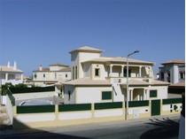 Частный односемейный дом for sales at House, 3 bedrooms, for Sale Albufeira, Algarve Португалия
