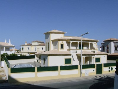 Casa Unifamiliar for sales at House, 3 bedrooms, for Sale Albufeira, Algarve Portugal