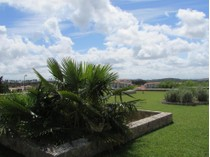 Maison unifamiliale for sales at House, 5 bedrooms, for Sale Belas, Sintra, Lisbonne Portugal