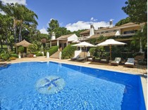 Einfamilienhaus for sales at Detached house, 4 bedrooms, for Sale Loule, Algarve Portugal