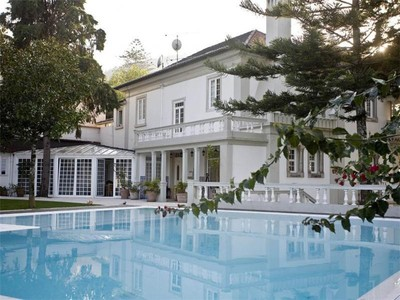 Casa Unifamiliar for sales at House, 4 bedrooms, for Sale Sintra, Sintra, Lisboa Portugal
