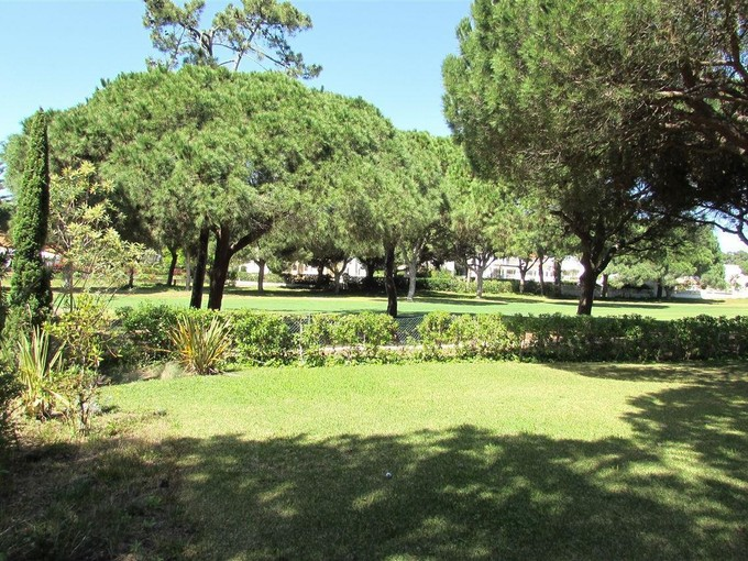 Casa Unifamiliar for sales at House, 6 bedrooms, for Sale Loule, Algarve Portugal