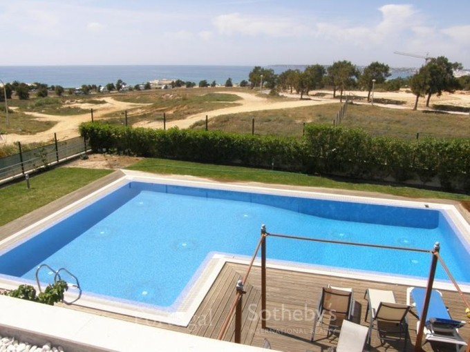 Einfamilienhaus for sales at House, 4 bedrooms, for Sale Albufeira, Algarve Portugal