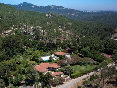 Частный односемейный дом for sales at House, 10 bedrooms, for Sale Malveira Serra, Cascais, Лиссабон Португалия