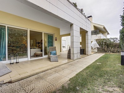 Wohnung for sales at Flat, 3 bedrooms, for Sale Bicesse, Cascais, Lissabon Portugal