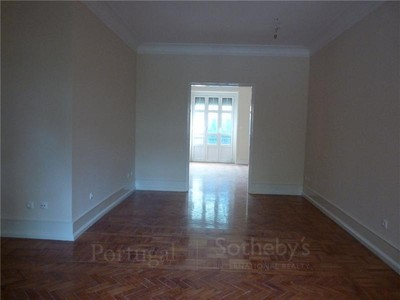 アパート for sales at Flat, 3 bedrooms, for Sale Sao Jorge De Arroios, Lisboa, リスボン ポルトガル