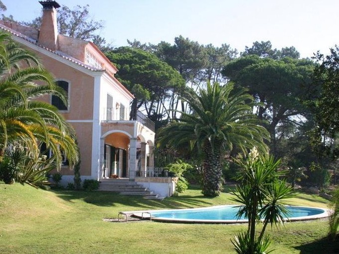 Vivienda unifamiliar for sales at House, 6 bedrooms, for Sale Belas, Sintra, Lisboa Portugal