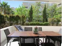 Appartement for sales at Flat, 4 bedrooms, for Sale Cascais, Lisbonne Portugal