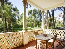 Appartement for sales at Flat, 4 bedrooms, for Sale Monte Estoril, Cascais, Lisbonne Portugal
