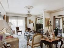 Casa para uma família for sales at House, 3 bedrooms, for Sale Parede, Cascais, Lisboa Portugal