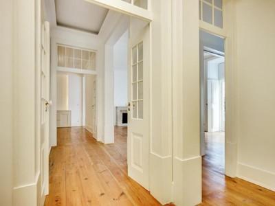 Căn hộ for sales at Flat, 4 bedrooms, for Sale Chiado, Lisboa, Lisboa Bồ Đào Nha