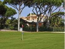 Maison unifamiliale for sales at Detached house, 4 bedrooms, for Sale Loule, Algarve Portugal