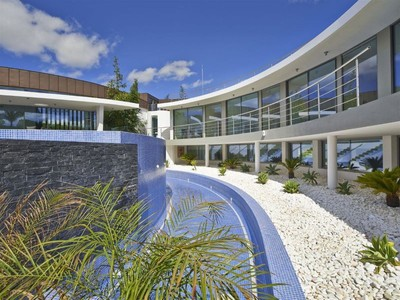 Villa for sales at Detached house, 6 bedrooms, for Sale Loule, Algarve Portogallo