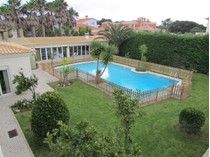 Частный односемейный дом for sales at House, 6 bedrooms, for Sale Quinta Da Marinha, Cascais, Лиссабон Португалия