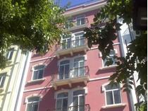 Квартира for sales at Flat, 4 bedrooms, for Sale Avenidas Novas, Lisboa, Лиссабон Португалия