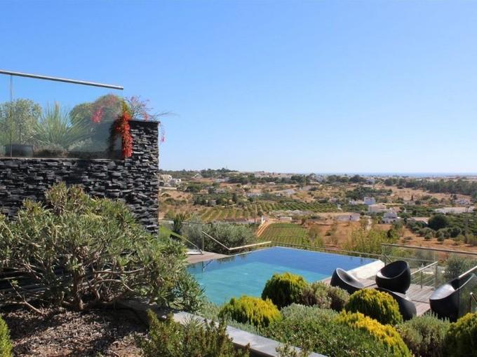 Nhà ở một gia đình for sales at Detached house, 4 bedrooms, for Sale Albufeira, Algarve Bồ Đào Nha