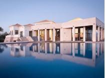 Tek Ailelik Ev for sales at Detached house, 6 bedrooms, for Sale Olhao, Algarve Portekiz