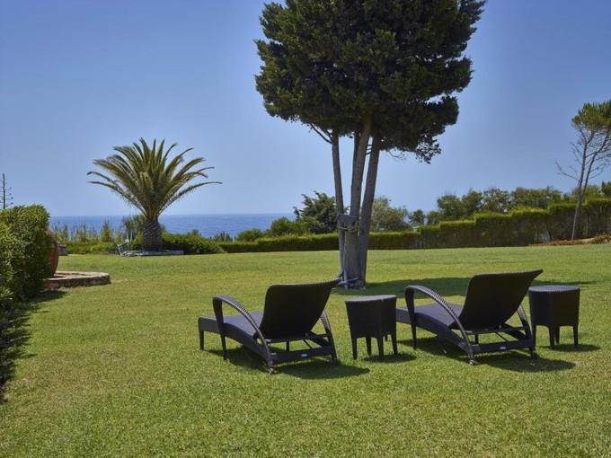獨棟家庭住宅 for sales at Detached house, 8 bedrooms, for Sale Albufeira, Algarve 葡萄牙