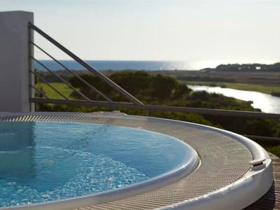 Villa for sales at Detached house, 7 bedrooms, for Sale Loule, Algarve Portogallo