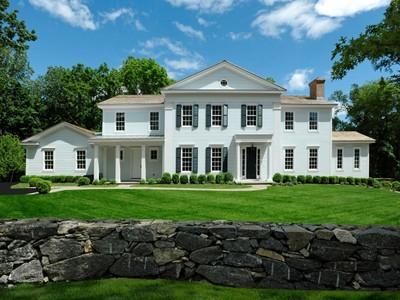 Einfamilienhaus for sales at Mid-Country Elegance 27 Stillman Lane Greenwich, Connecticut 06831 Vereinigte Staaten