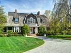 Villa for  rentals at East Hampton Village Pool and Tennis   East Hampton, New York 11937 Stati Uniti